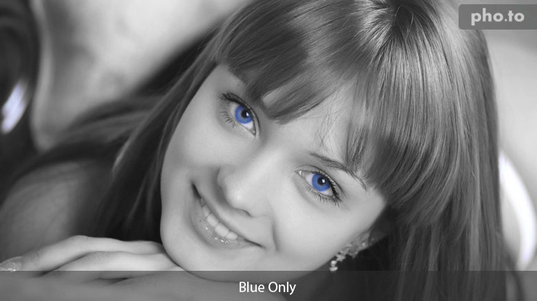 Photo with Blue Only effect by Pho.to