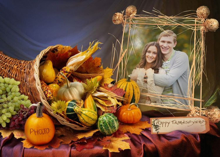 Traditional Thanksgiving card with horn of plenty