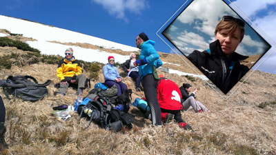 Mountain trackers rest and take group selfies