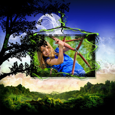 Magical photo frame with a green valley view for kids