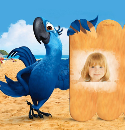 Children photo frame with Rio the parrot