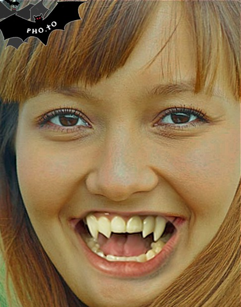 This Halloween vampire effect turns a person into a vampire with white fake vampire fangs