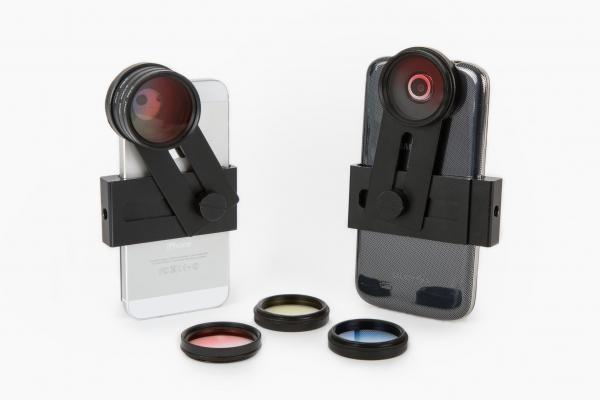 Detachable color filters for smartphone lenses