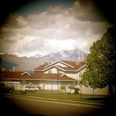 Photo of a house taken with pro Canon camera and a lens from Holga kit