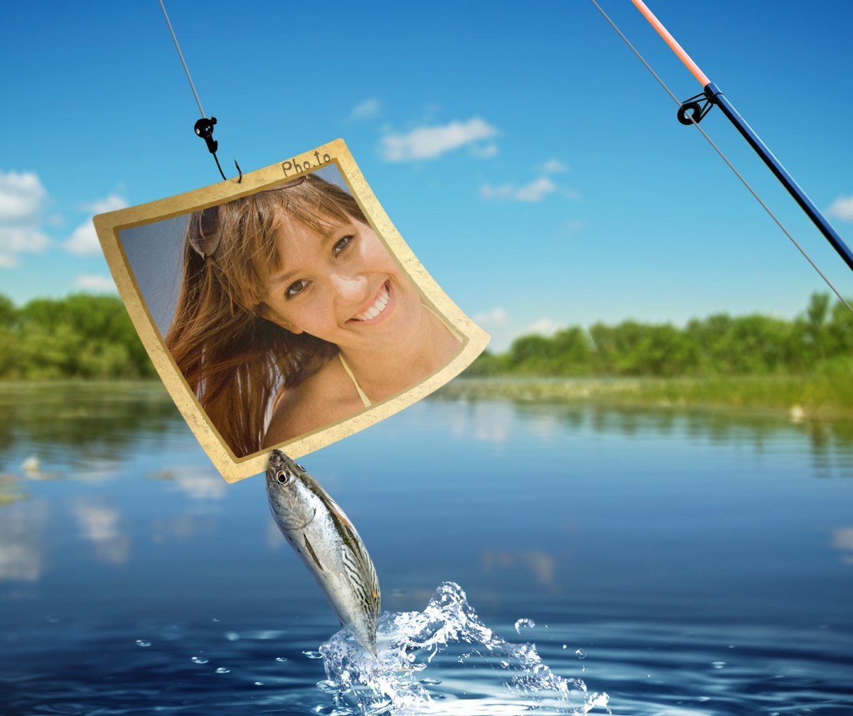 Photo frame that show fishing is applied to a photo of a girl