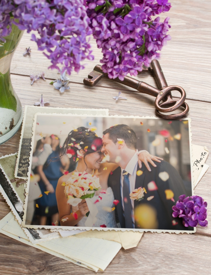 Marriage photo into a charming syringa frame